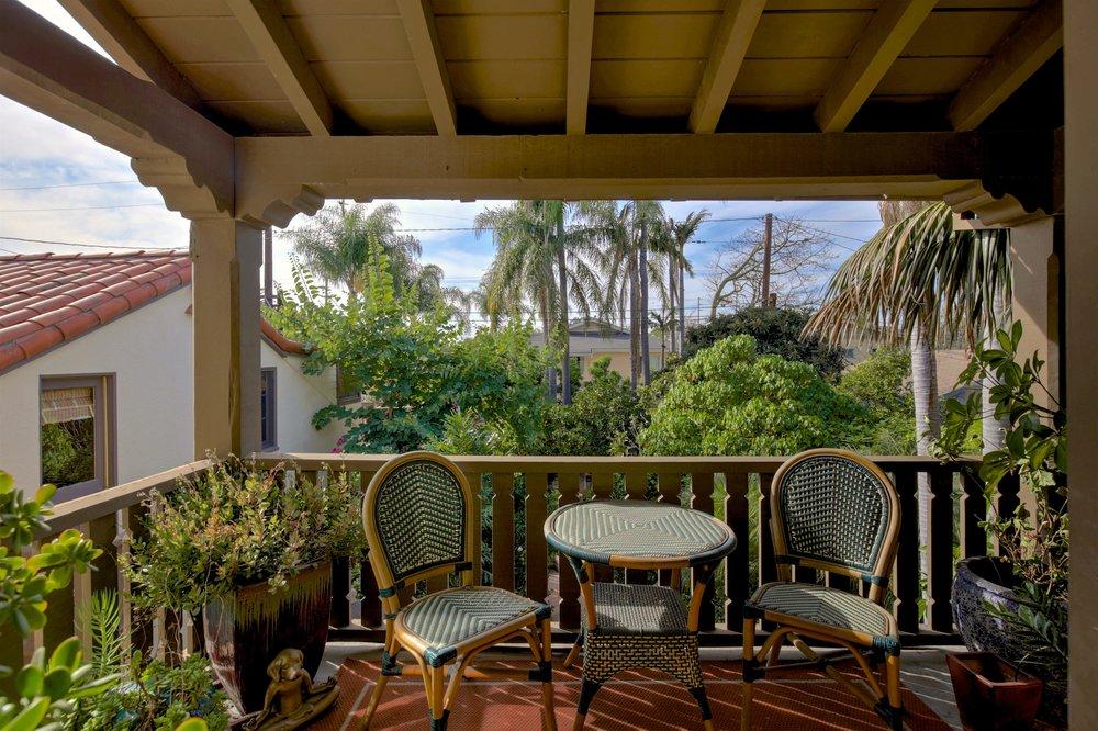 243 Euclid Ave Long Beach CA-print-037-10-243Euclid 037-4200x2799-300dpi.jpg