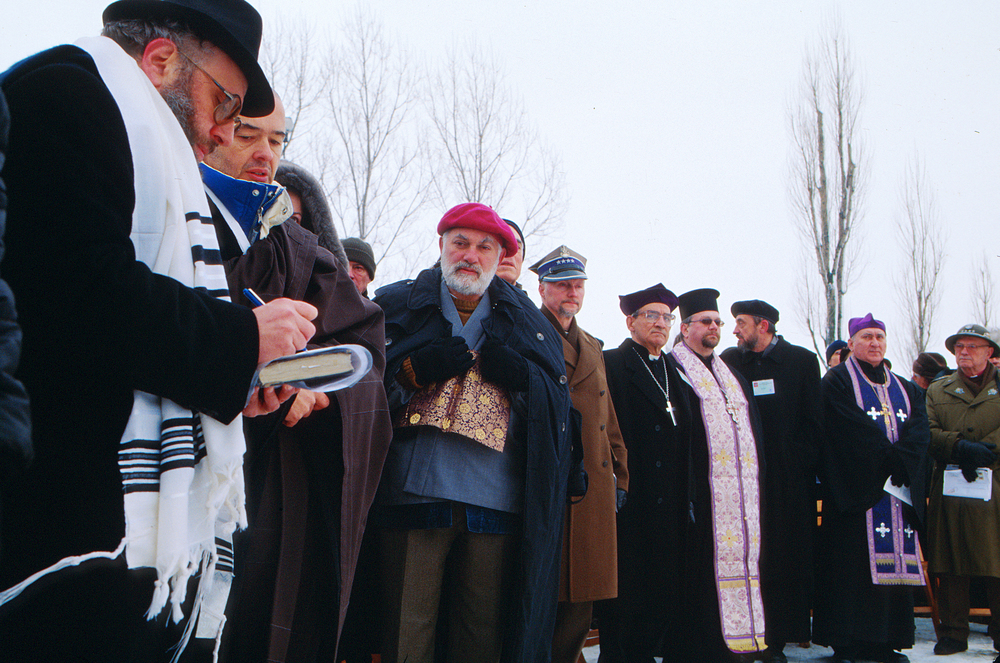 An interfaith ceremony in Birkenau January 2005