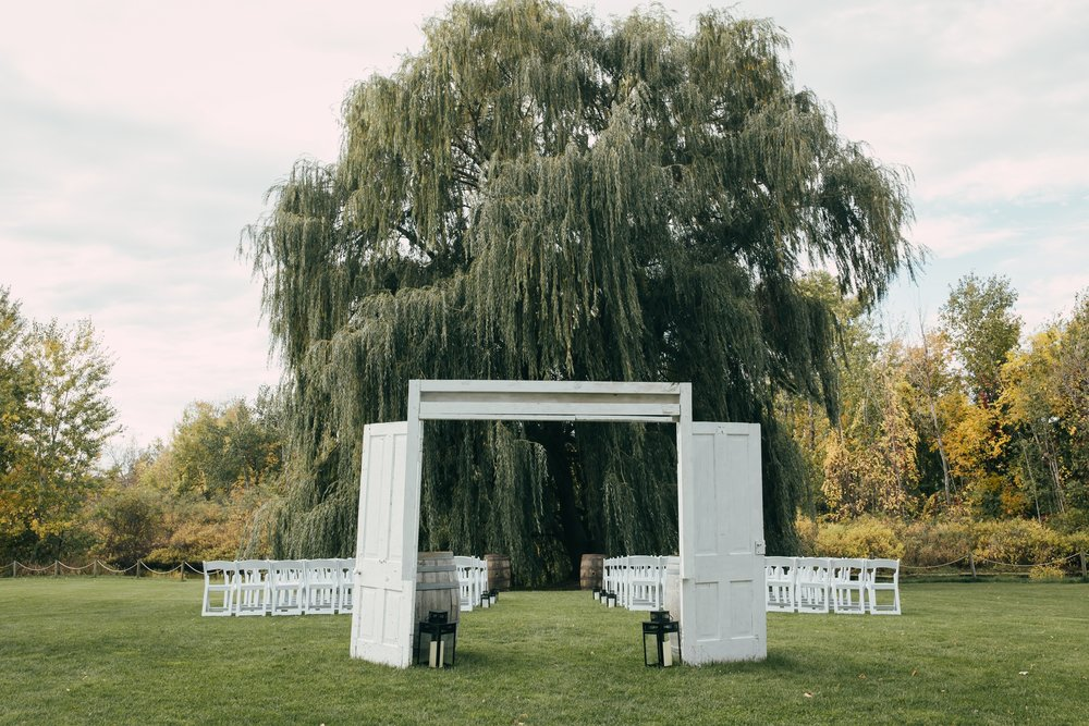 Heather-Nash-Photography-Aurora-Cellars-Wedding-Leelanau-Peninsula-Michigan_0091.jpg