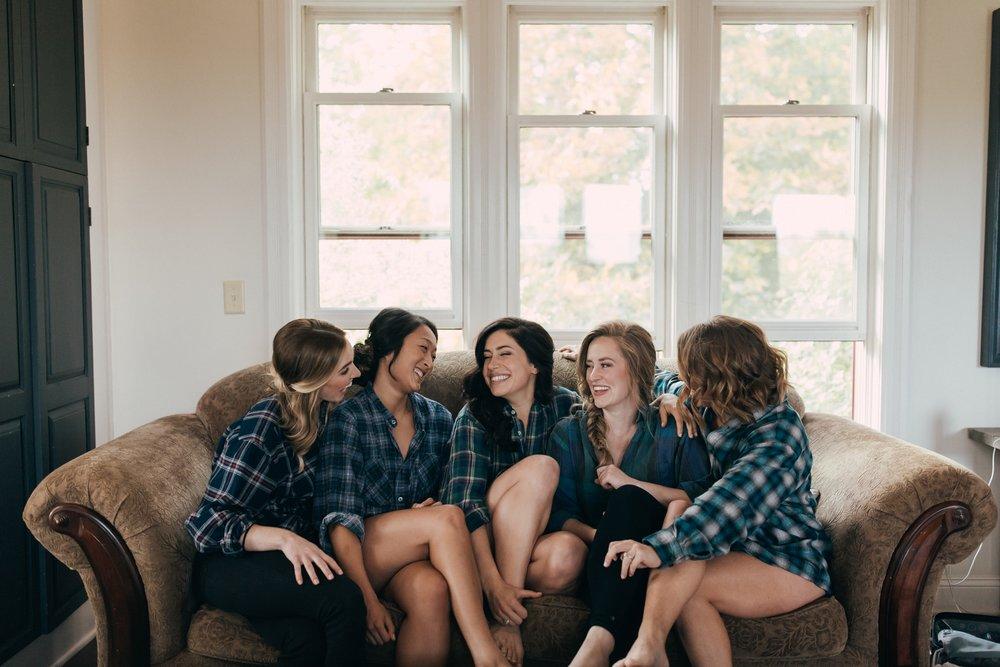 Heather-Nash-Photography-Aurora-Cellars-Wedding-Leelanau-Peninsula-Michigan_0120.jpg