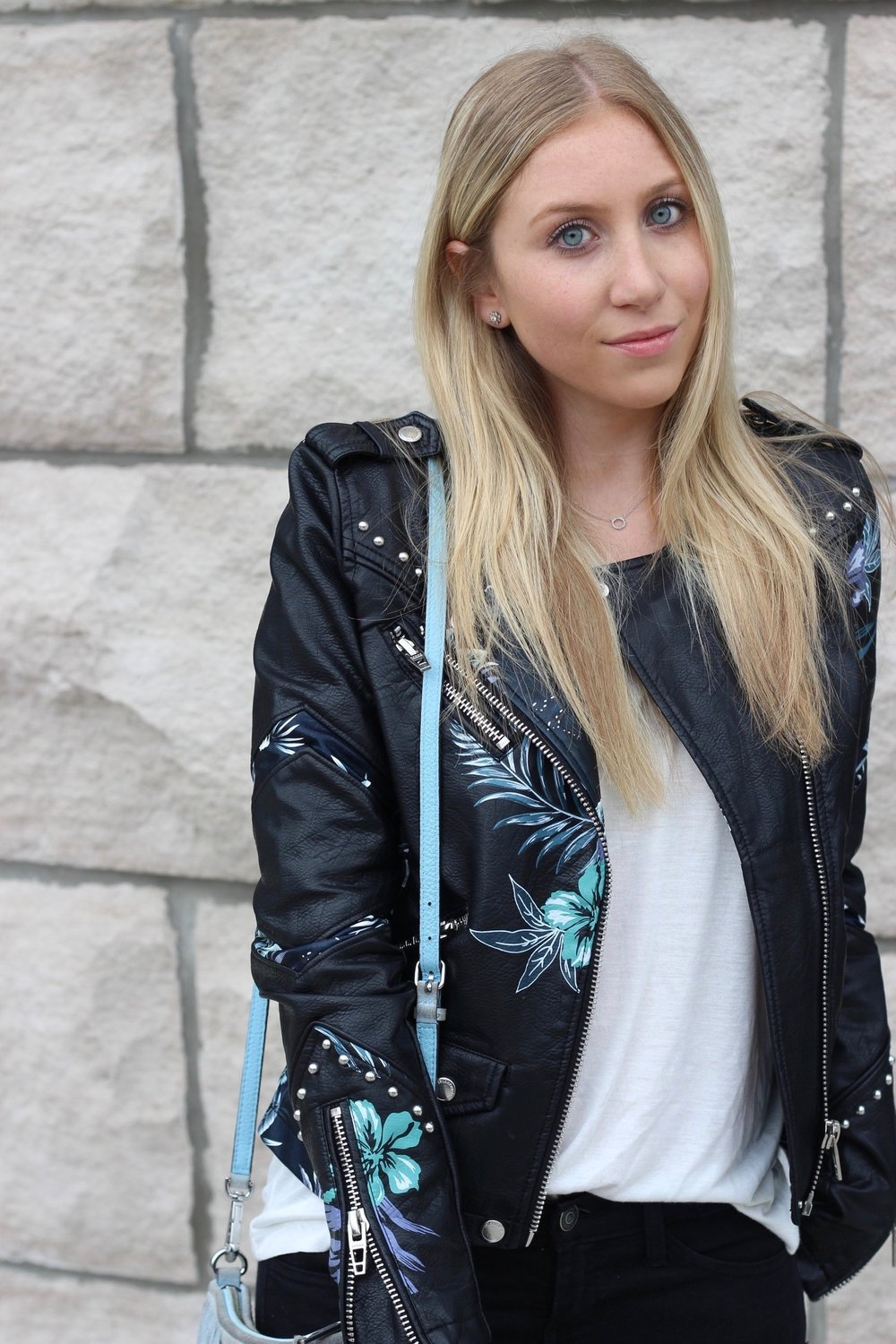 Detailed moto jacket Au Courant Life