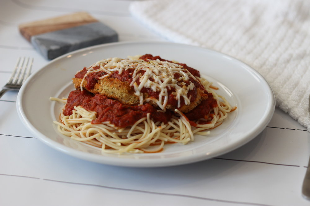 Healthy chicken parm recipe by Au Courant Life