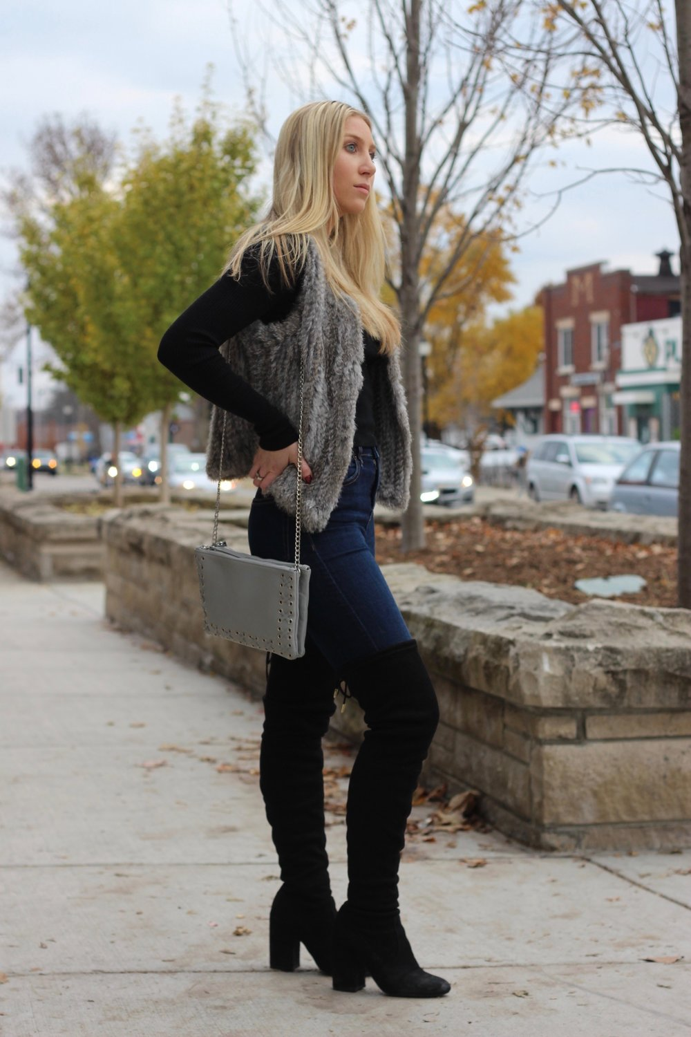 Thanksgiving outfit ideas by Au Courant Life