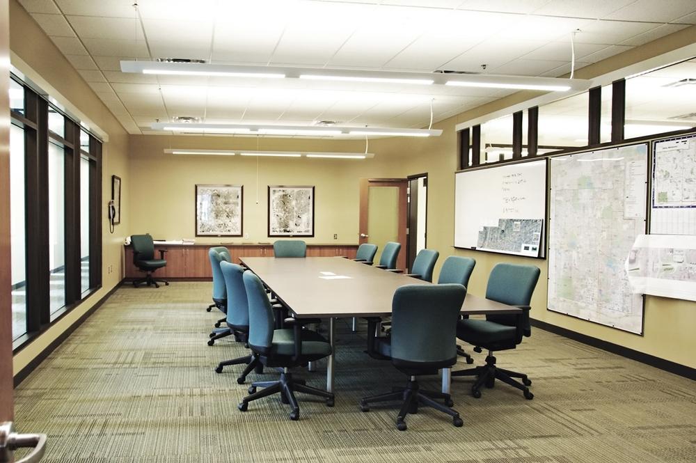 conferenceroom-1 smaller.jpg