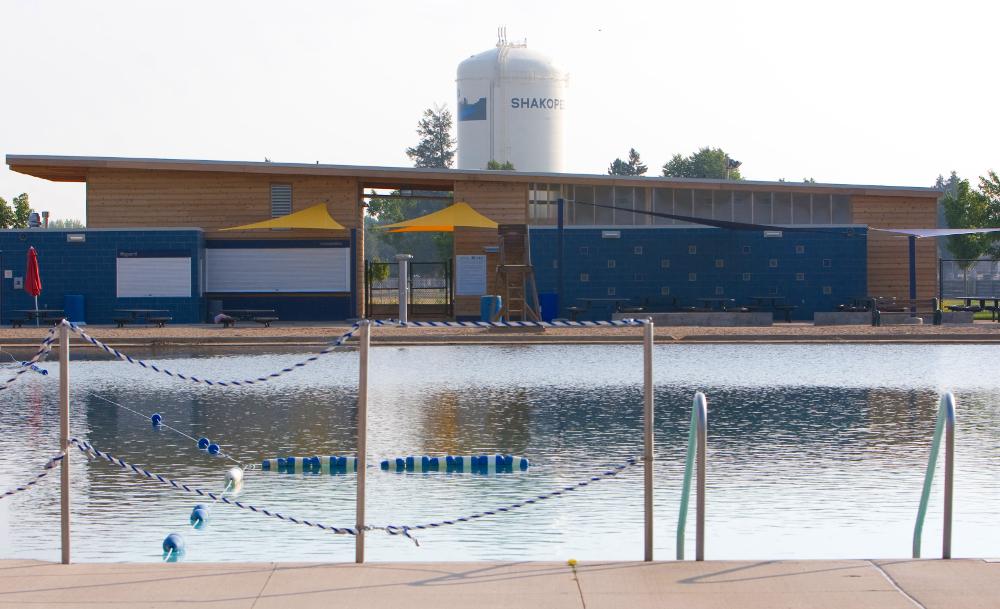 Shakopee aquatic 2.jpg