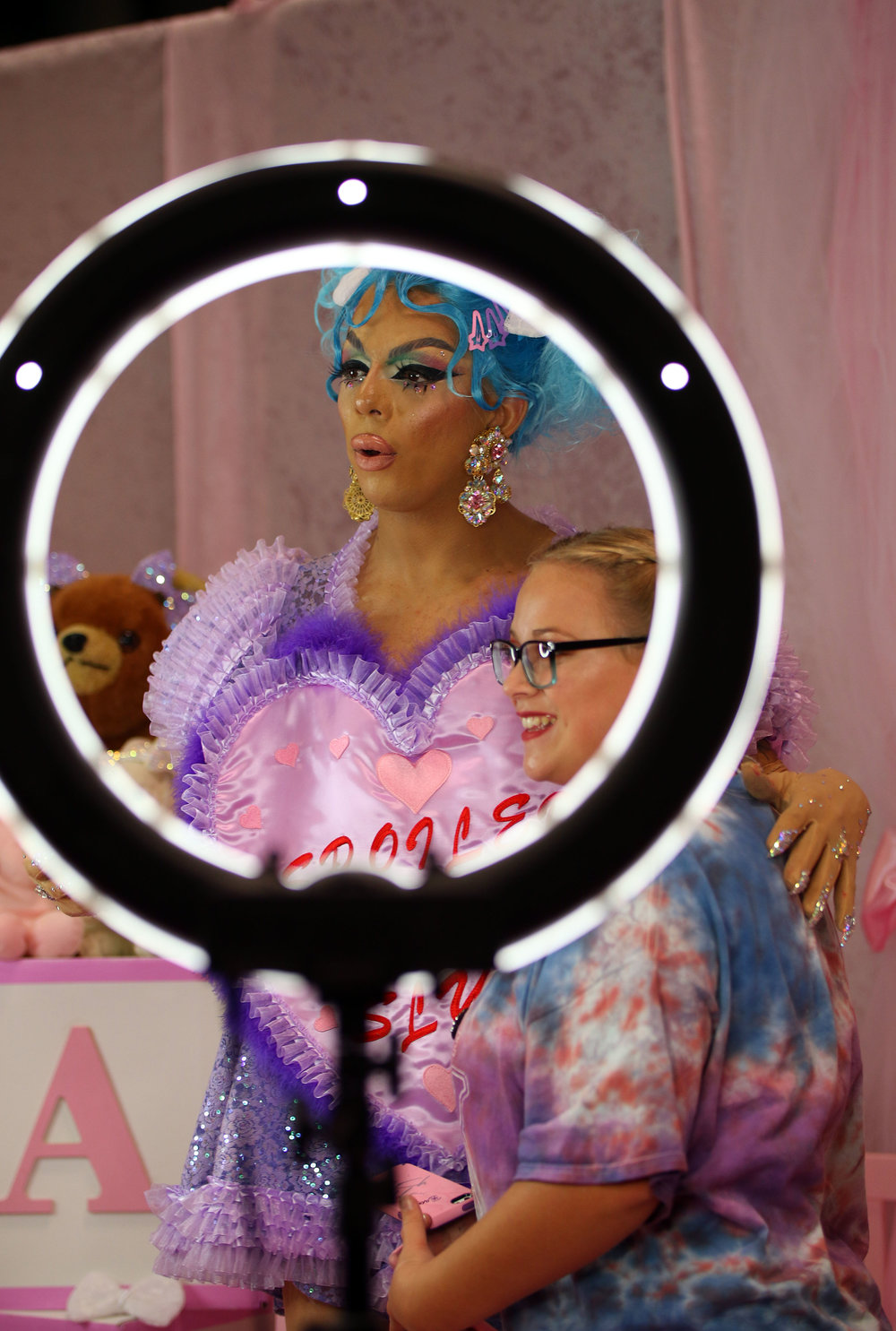 Aja poses with a fan at RuPaul's DragCon NYC.JPG
