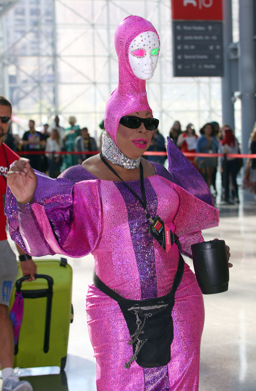 Vivacious arrives at RuPaul's DragCon NYC 3.JPG