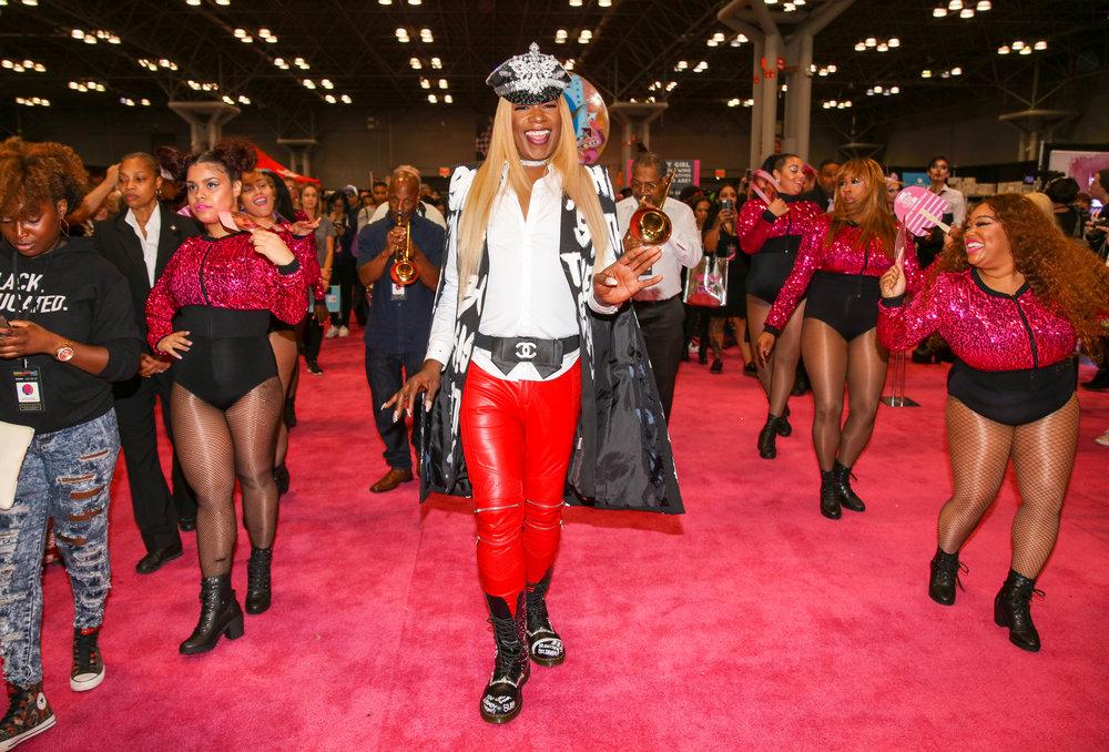 Big Freedia walks the Pink Carpet at RuPaul's DragCon NYC.jpg