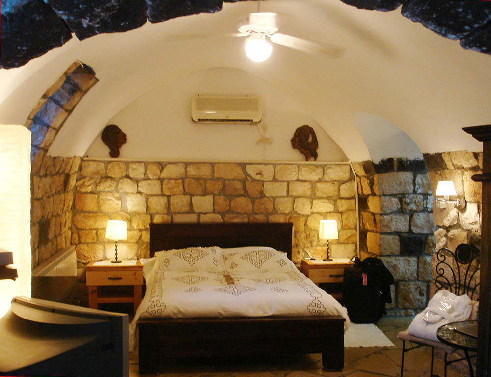 A guestroom at the Pina Barosh inn, Rosh Pina. Photo © and courtesy Cookie West