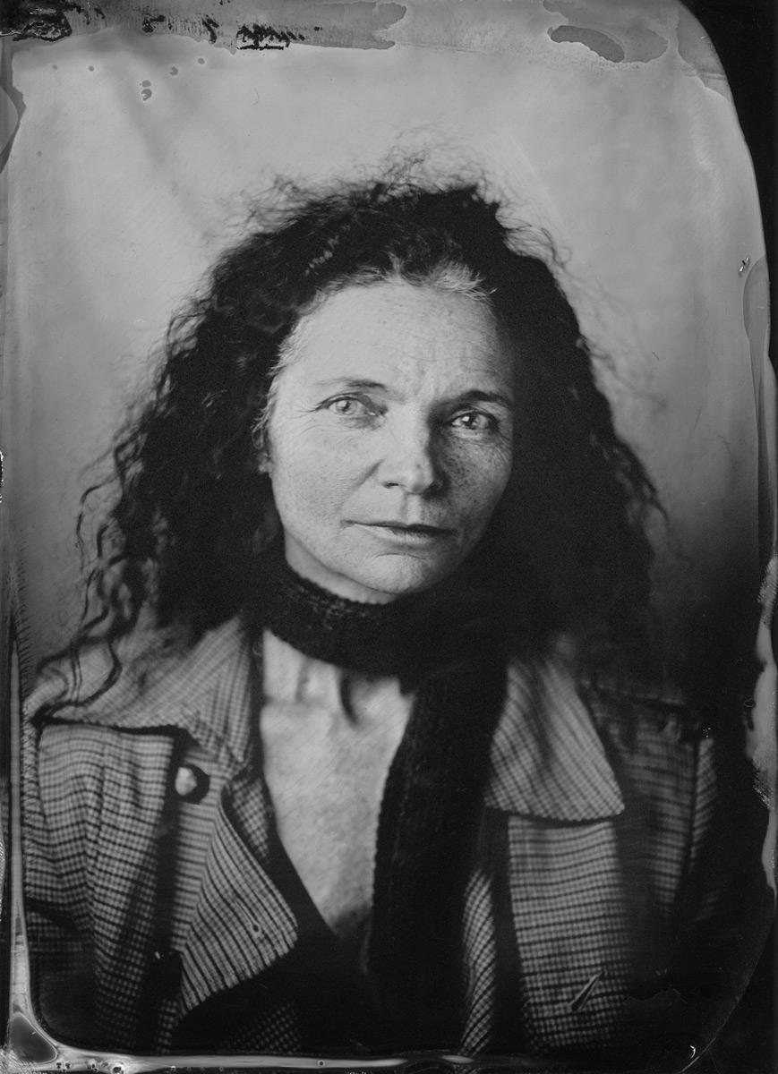 Lucy Bleach, sculptor & academic 2016