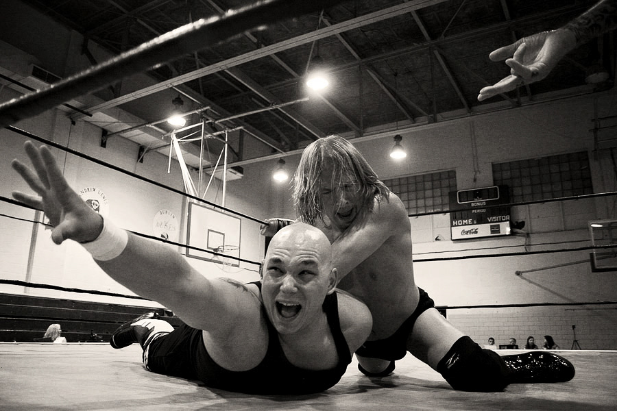 048_07-CO NewAgeWrestling08.JPG