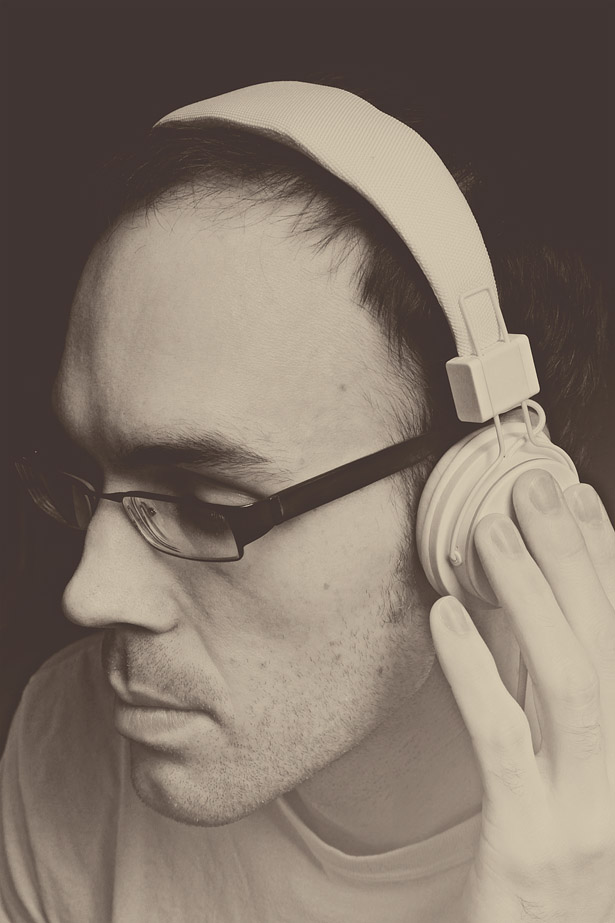 david_headphones_WEB_02.jpg