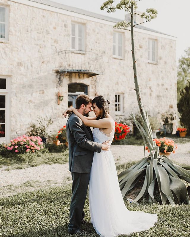 The light and the love! The two most important elements of my job! #austin #austinweddingphotographer #austinweddingphotographer #sanantonio #sanantonioweddings #weddingphotography #destinationwedding #funwedding #jodidanielphotography