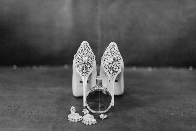 Pretty little details! #weddingshoes #weddingdetails #weddingearrings #blackandwhite #wedding #weddingphotography #weddingphotographer