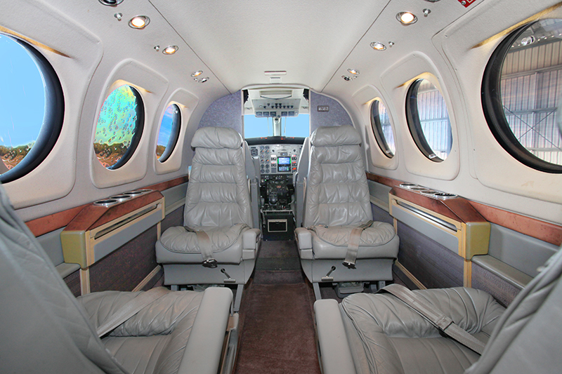 C90_Interior