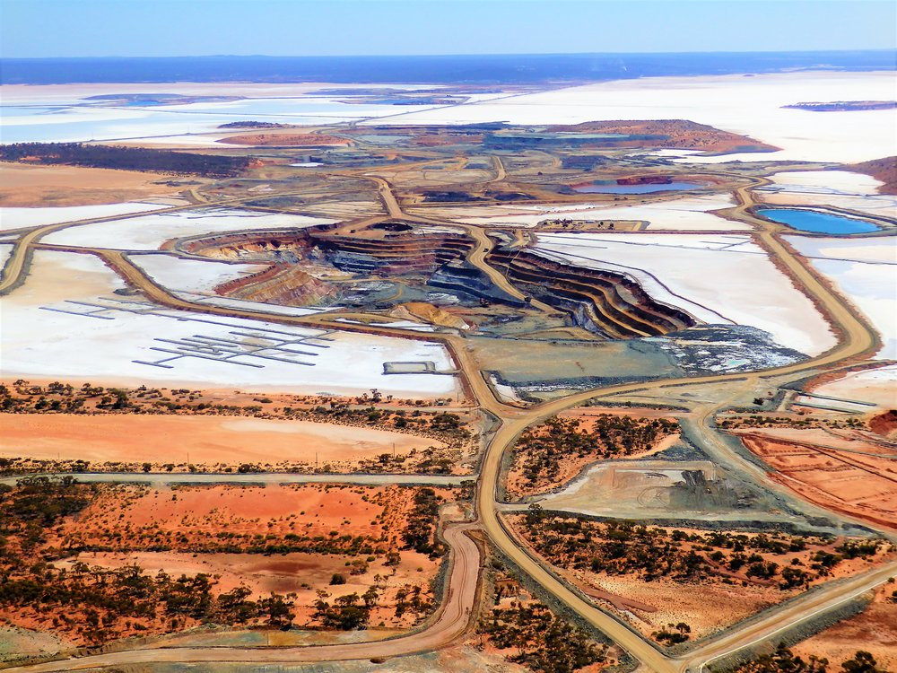 Lake Lefroy-including Big Pit Scenic Flight -  See the majestic Kalgoorlie