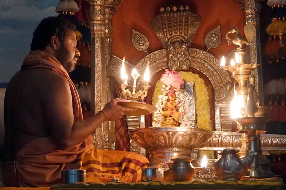 daily Narayani puja with Amma