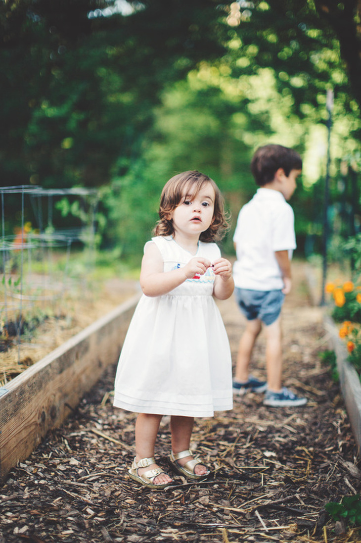 Lifestyle family and child photography. Atlanta, Georgia child photography.