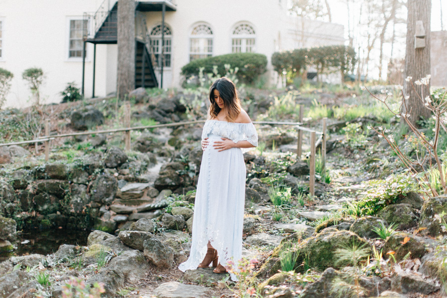 Four Corners Photography Atlanta Maternity Photographer Best Atlanta MaternityPhotography Cator Woolford Gardens Maternity Session Cajy Web