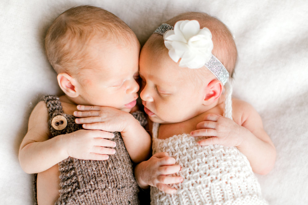 four corners photography twin newborn photographer newborn twins atlanta newborn photographer (8 of 18).jpg