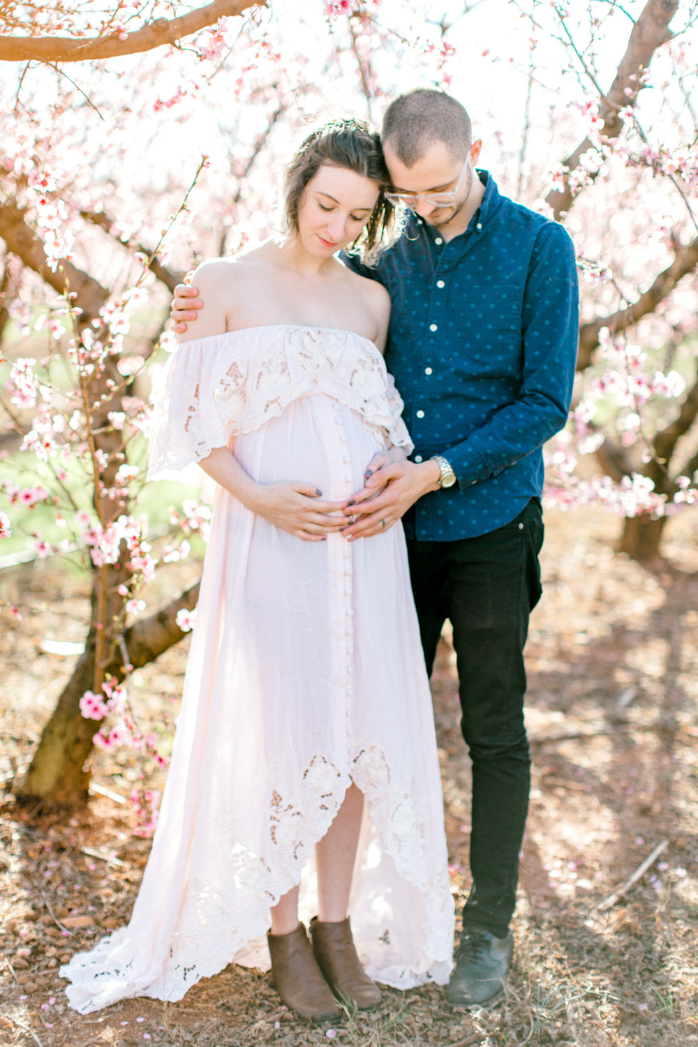 four corners photography peach blossom mini sessions peach blossom maternity session (10 of 25).jpg