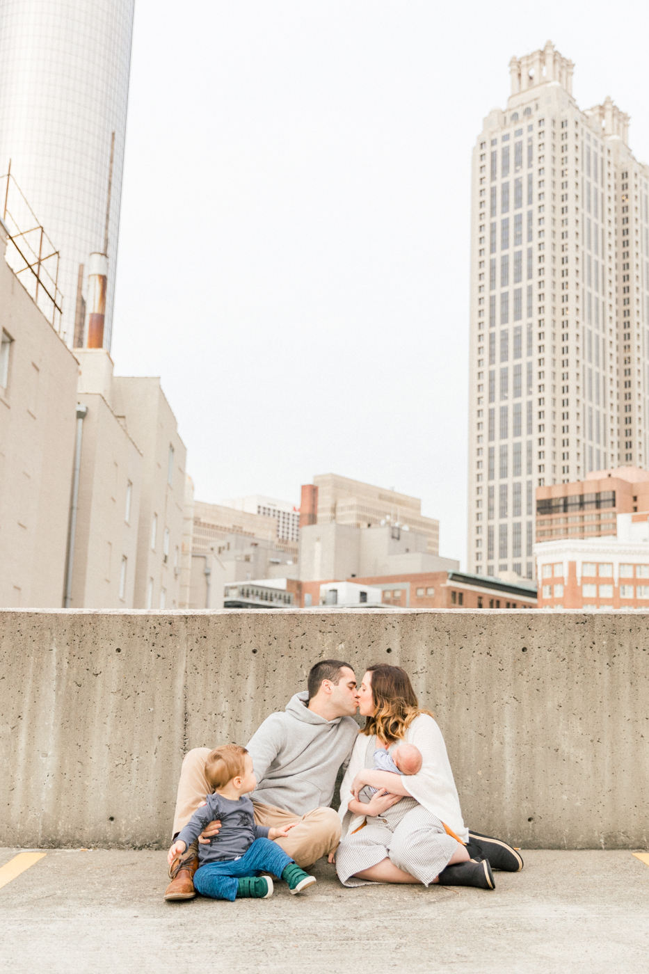 four corners photography atlanta newborn photographer atlanta maternity photography downtown atlanta family session best atlanta newborn photographer-22.jpg