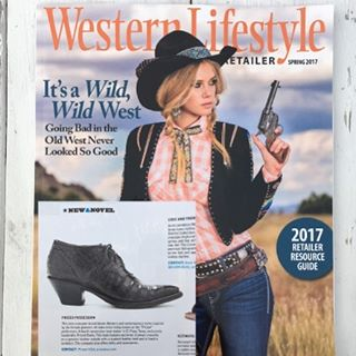 Starting the new year with some love from @westernlifestyleretailer ✨❤🙏🏼✨ Thank you @kaybarks & @tktrask ..looking forward to an exciting year! 😘😘