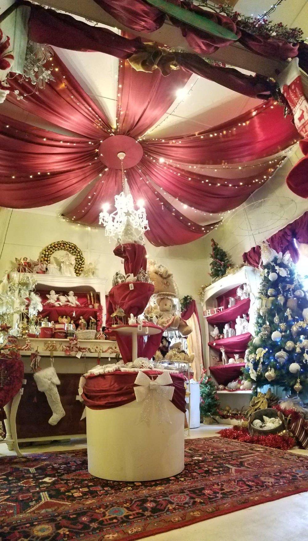 christmas shop.JPG