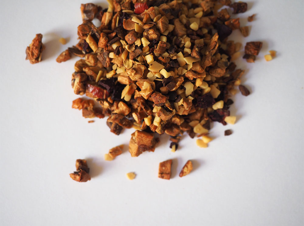 Roasted Almond Loose Leaf Tea Review, Teahaus - Beginning with Bergamot