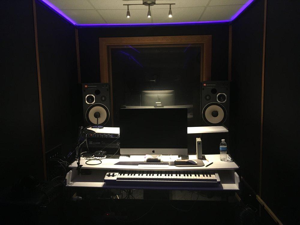 """Studio """"C"""""""
