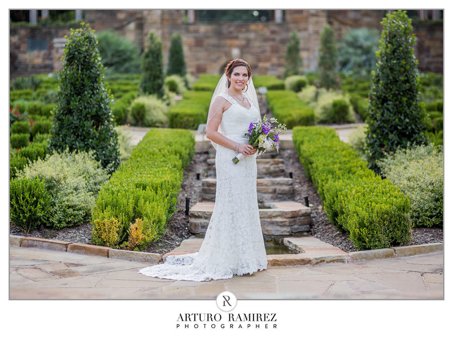 Fort Worth Botanical Gardens Bridal013.JPG