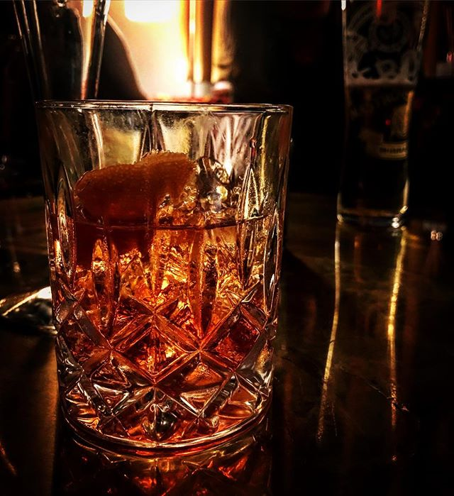 Let the Christmas drinks commence! #negroni #negroninights #christmasdrinks #clientlove #yourdailyrice