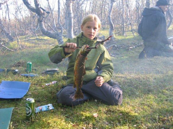 Min aller første seriøse fisketur forgikk på Finnmarksvidda i 2007, i hele én uke. Det var mygg, midtskille og mye stor fisk.