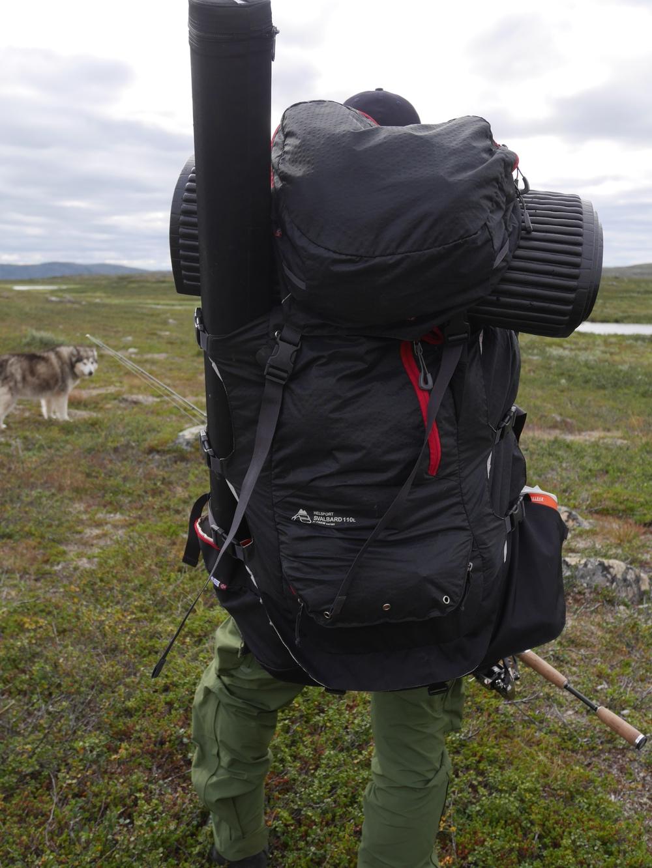 Helsport sin Svalbard 110L sekk er en stor sekk for den som skal langt.