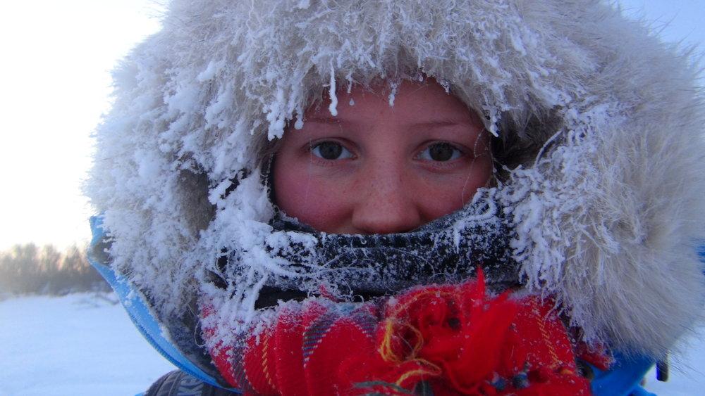 Å være ute og sove ute i kalde temperaturer krever mye av en og kroppen forbrenner gjerne det tredobbelte.