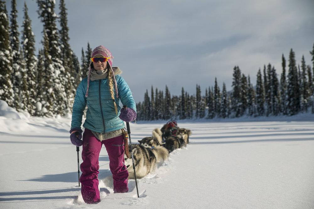 Jakken var perfekt til høy intensitet aktiviteter på vinterstid før det ble for vårlig i lufta.