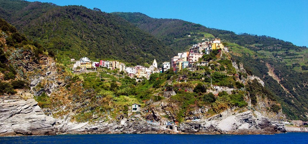 boat-tours-cinque-terre-home-12-banner.jpg