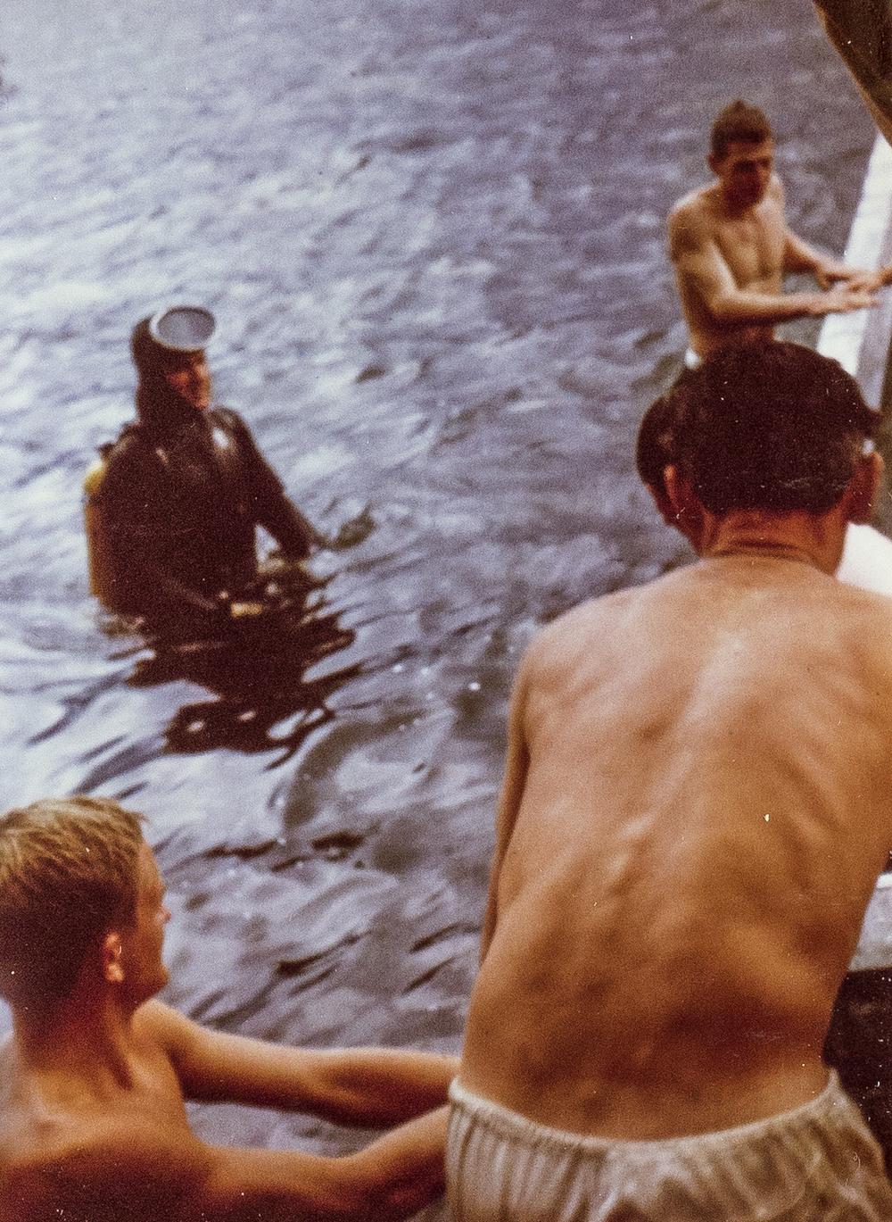 Schweissarbeiten, über und unter Wasser waren nötig