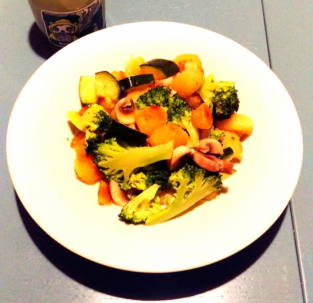 Gnocchi with vegetables for dinner.