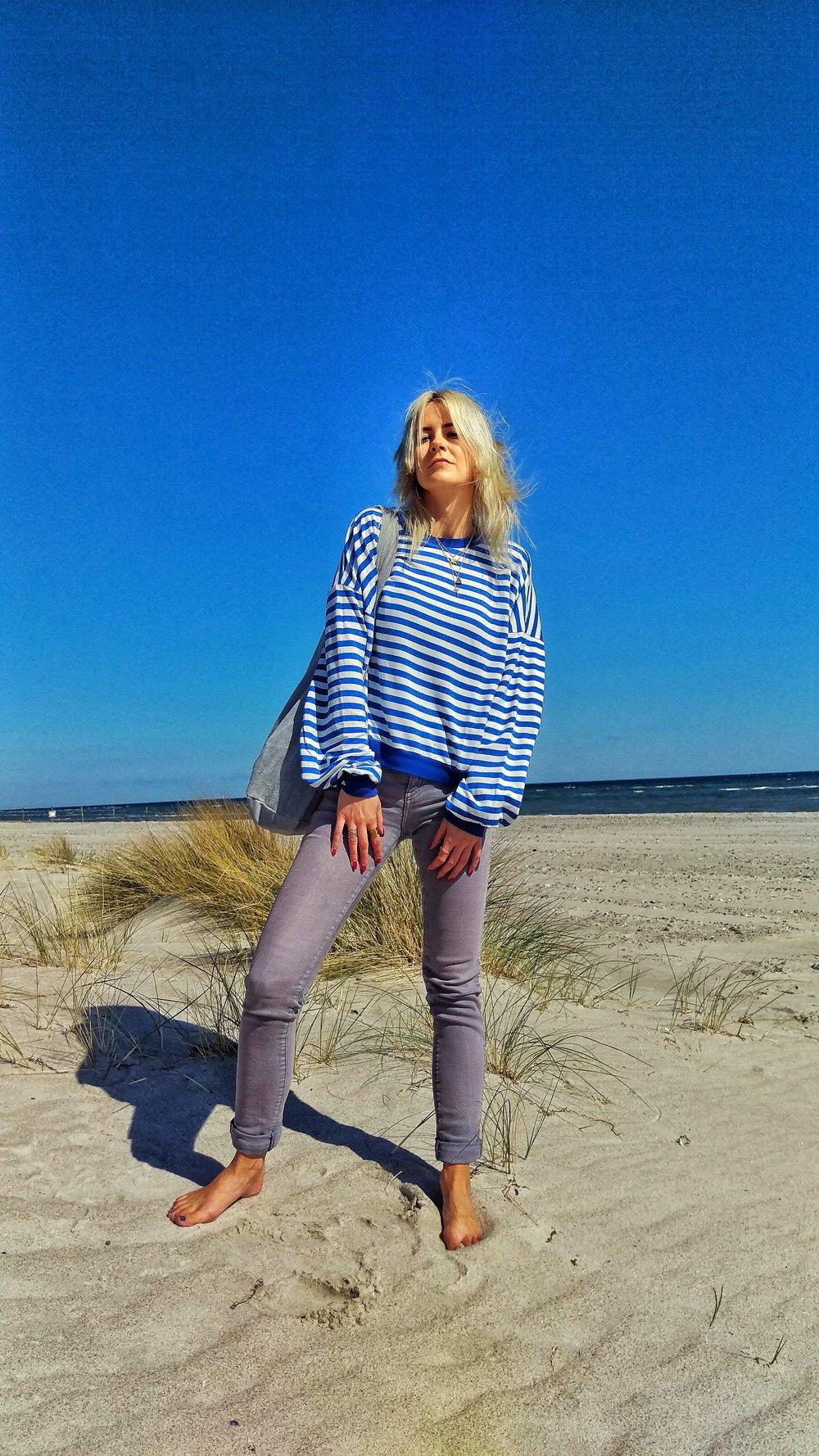 Cyroline_stripy_sweater_1