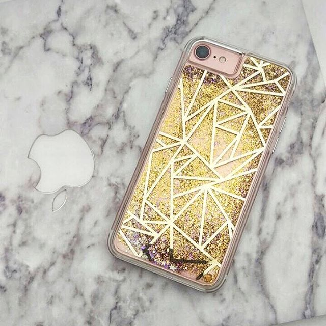 Hey lovelies ❣️Didn't share with you my beautiful new case for my iPhone yet...✨💫I'm in love with it since over a month now and I'm thrilled by it every time I look at it 😻 As these two beauties are essential for the work that I do to create my own lifestyle, I need to have them as gorgeous as they could be 👌☺️💞 Happy Weekend 💋 #newin #iphonecase #glamourous #glittery #geometric #golden #protectyourphone #iphone7 #worktools #macbookair #marblelook #marble #aestheticsovereverything #inlove #accessories #obsessed #createyourownhappiness #laptoplifestyle #workingonline #entrepreneur #girlboss #entrepreneurlife #workfromanywhere #travelblogger #goodconnection #freedomlife #digitalnomad #lifeisawesome #detailsoftheday XX, #hannamietz 🌟