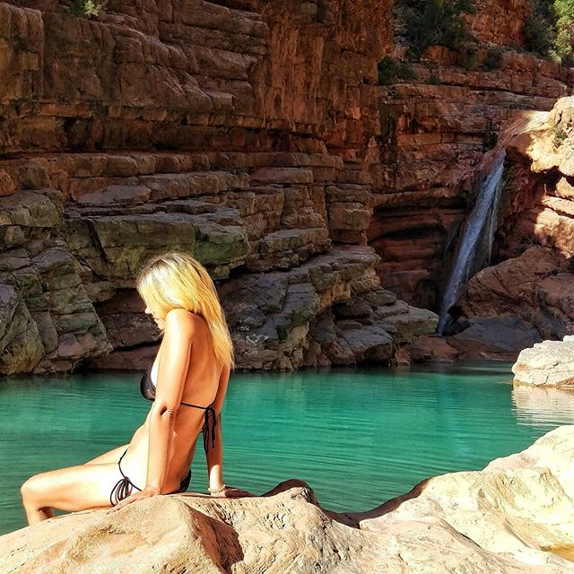 It's getting cold outside...😬🍂🍃🙁So dreaming back to good times in Morocco and planning on our trip to Bali soon!!! Can't wait ❣️ WhoopWhoop 💫🌴☀️🏄♀️#throwback #goodtimes #goodmemories #makememories #roadtrip #morocco #paradisevalley #dreamaway #bali #balitrip #soon #soexcited #cantwait #travelawesome #flyaway #traveladdict #travelblogger #travellife #itchyfeet #digitalnomad #laptoplifestyle #enjoyinglife #islandchild #islandhopping #jcjourney #blondgirl #bikinioclock #bikinitime #bikiniaddict XX, #hannamietz 💋💋💋