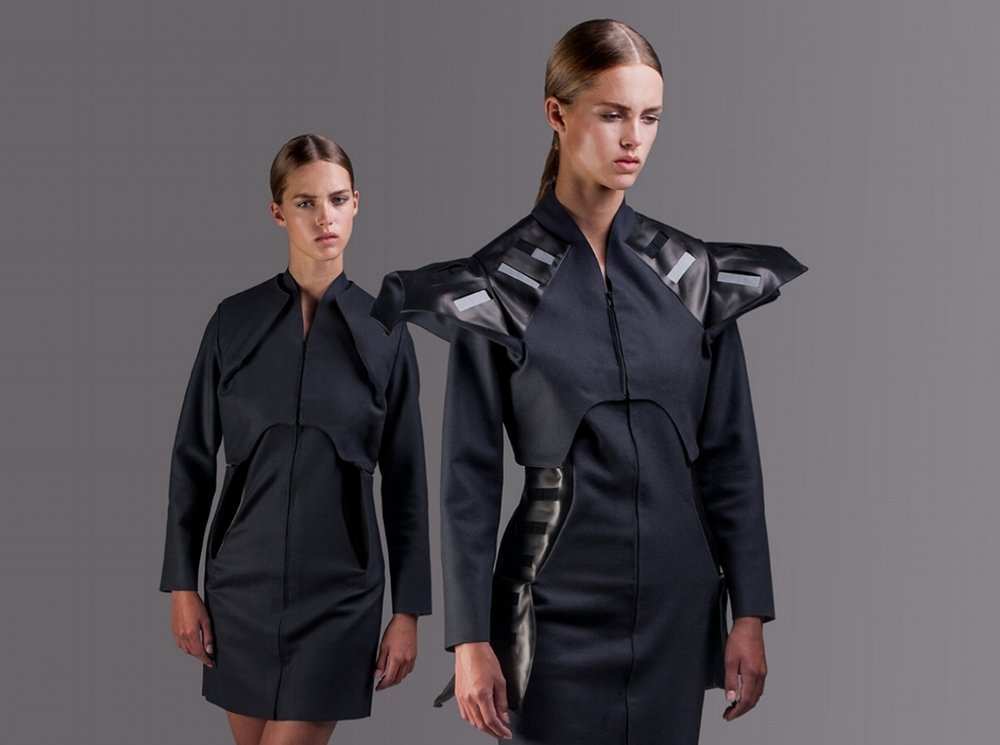 Wearable-Solar-Coat-PaulinevanDongen.jpeg