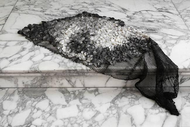 recycled-fish-waste-furniture-nienke-hoogvliet-4.jpg.650x0_q70_crop-smart.jpg