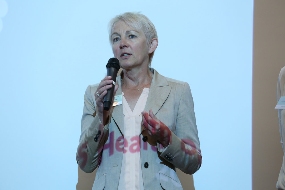 MARIA LOHMANN BRACHTE NEUES MIT ZUM SÄURE-BASEN-HAUSHALT.