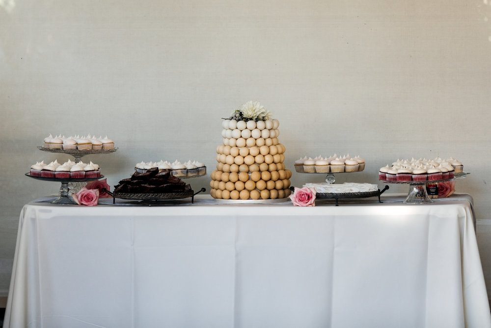 cake pop table.jpg