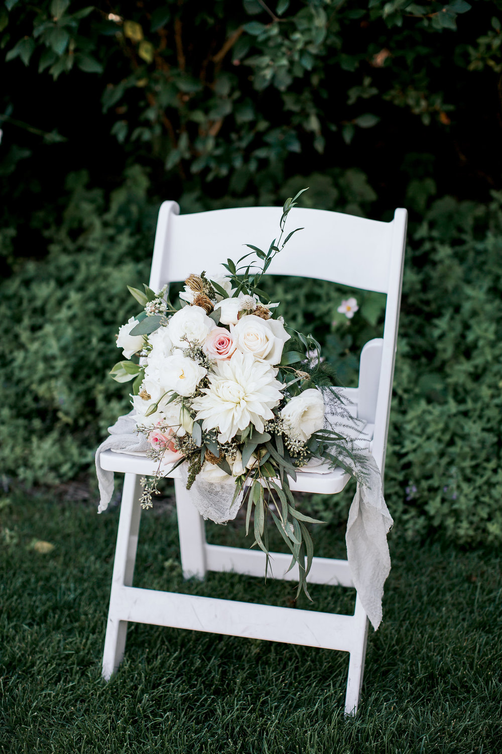 chair bridal bouquet.jpg