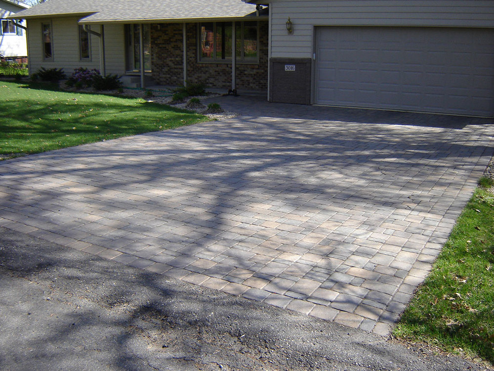 paver driveways 6.JPG