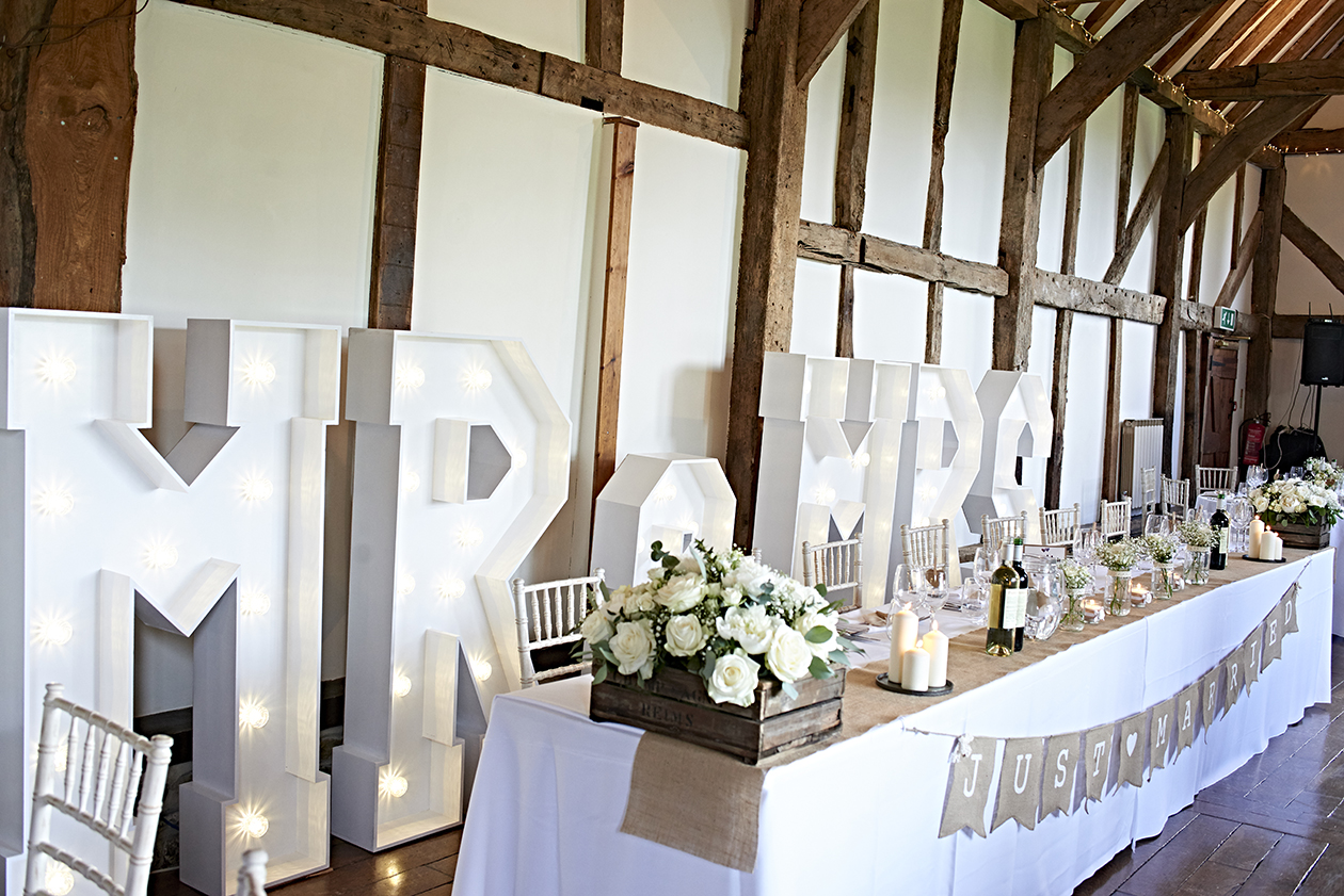 light up letter ideas for your wedding