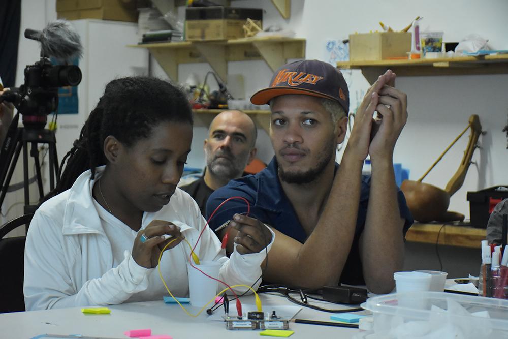 Gambiarra Lab (29.04.2016) Por Douglas Lopes10.jpg